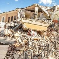 Pericolanti, inaccessibili ai disabili e a rischio terremoto. Le scuole