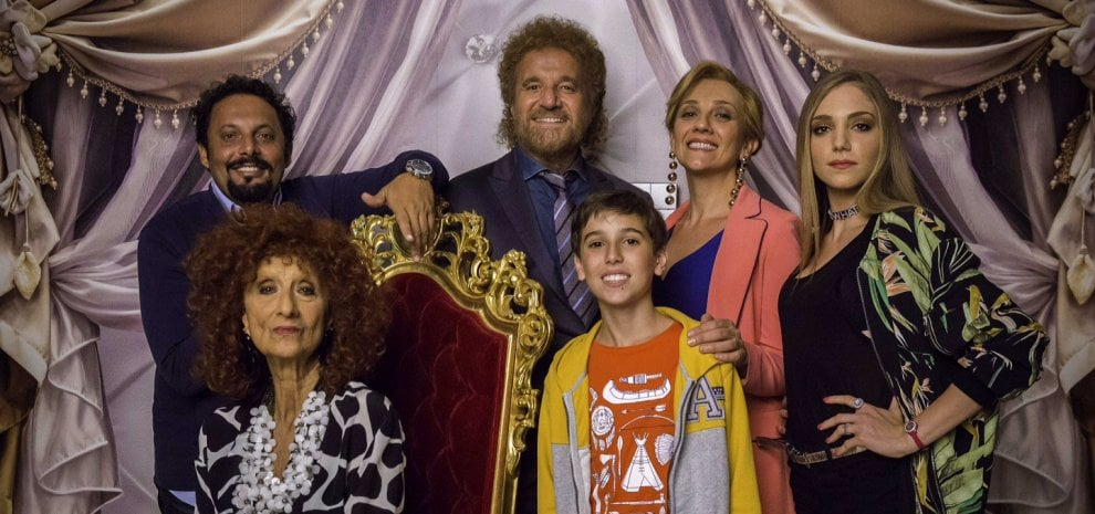 """De Sica e Brignano nella commedia di Natale: """"I ricchi non friggono"""""""
