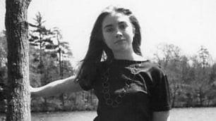 La giovane Hillary Clinton: il college, la laurea, lincontro con Bill