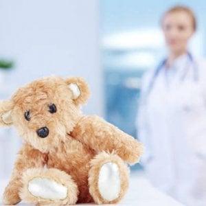 """Tumori infantili, l'appello delle famiglie: """"Non ostacolate la ricerca sui farmaci per bambini"""""""