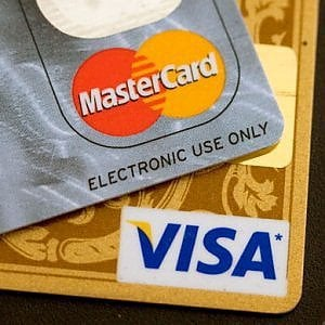 Boom dei pagamenti digitali, 2015 da record con un balzo del 10%