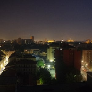 Troppa luce fa male, l'inquinamento luminoso aumenta il rischio di tumori