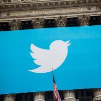 Voci di Twitter in vendita, il titolo vola in Borsa. Google tra gli interessati