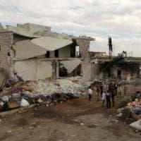 Siria, raid su Aleppo, al-Jazeera: 90 morti, molti bambini. Nessun accordo su cessate il...