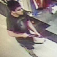 Usa, sparatoria in un centro commerciale a Seattle: uccise quattro donne