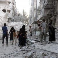 Siria, bombe su Aleppo: 56 morti, molti bambini. Unicef: 2 milioni senza acqua e luce