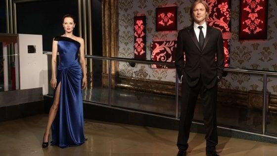 """Le baby sitter attaccano Brad Pitt e Angelina Jolie: """"A casa loro vite sregolate"""""""