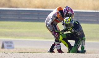 MotoGp, Aragon: cadono Rossi e Marquez, ma le terze libere vanno allo spagnolo