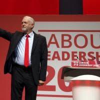 """Gran Bretagna, Corbyn rieletto leader dei laburisti: """"Ora dobbiamo unire il partito"""""""