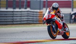 MotoGp, Aragon: Marquez, pole che sa di titolo. Rossi sesto: ''Non ci voleva la caduta''