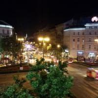 """Esplosione in centro a Budapest, due feriti. Polizia: """"Una fuga di gas"""""""