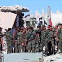 """Siria, Onu: """"Ad Aleppo 275mila persone sotto assedio"""". Russia: pace ora è compito..."""