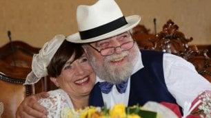 Il primo amore non si scorda mai si ritrovano, nozze dopo 40 anni