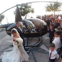 Sposi in elicottero nel centro di Nicotera: sette indagati, perquisito il