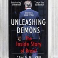"""""""Scatenare i demoni: la storia segreta del referendum"""": in Gb il libro sulle trame di May..."""