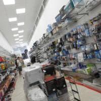 Istat, a luglio su le vendite dei beni alimentari, male gli altri prodotti