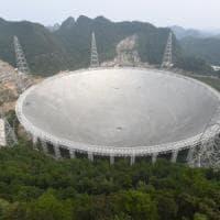 La Cina va a caccia di alieni con il super telescopio: ''Scienziati, lavorate