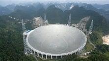 Cina, a caccia di alieni con  il super telescopio    foto