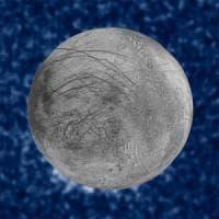 C'è vapore acqueo su Europa: la luna di Giove nasconde un oceano