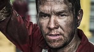 """L'inferno di Golfo del Messico Wahlberg: """"È la lotta operaia"""""""