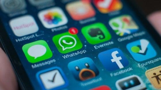 Privacy, caso WhatsApp-Facebook: il Garante apre un'inchiesta