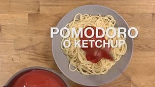 Basta pasta scotta con ketchup Casa Surace spiega ricetta italiana