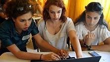 Cosa programmano le ragazze? Nell'hi-tech pari opportunità /   Foto