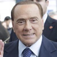 """Referendum, vertice ad Arcore tra Berlusconi, Salvini e Meloni: """"Uniti per il No, non è..."""