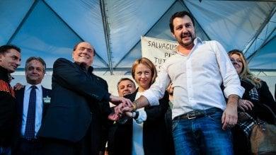 """Vertice tra Berlusconi, Salvini e Meloni: """"Siamo per il No, non è un salto nel buio"""""""