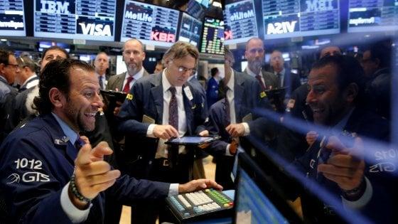 I mercati volano con l'accordo Opec per tagliare la produzione di petrolio