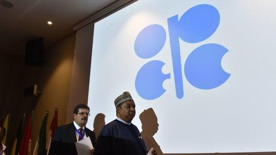 Opec, l'accordo sul petrolio può valere 10 $ al barile. Esultano i mercati, per i consumatori rischio rincari