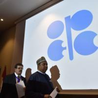 Opec, l'accordo sul petrolio può valere 10 $ al barile. Ma ci sono dubbi e per i...
