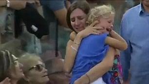 Mamma perde figlia sugli spalti E Nadal interrompe il match