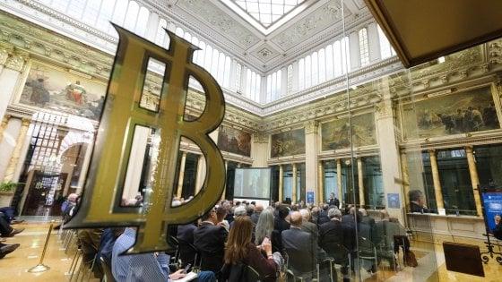 """Banche, rincari sui c/c per finanziare i salvataggi: Bankitalia """"osserva"""""""