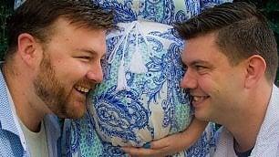 Il dono di Ashlee, madre surrogata per rendere padre suo fratello gay