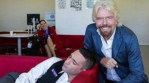 ''Staccati da pc e smartphone'', se lavori per Richard Branson è un obbligo
