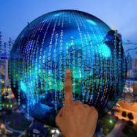 Icann, gli Usa 'cedono' il controllo dei domini: l'internet governance è