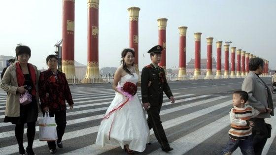 Cina, la crociata di Xi per la famiglia: battaglia contro i divorzi
