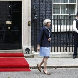 Brexit, May: procedure al via prima delle elezioni tedesche