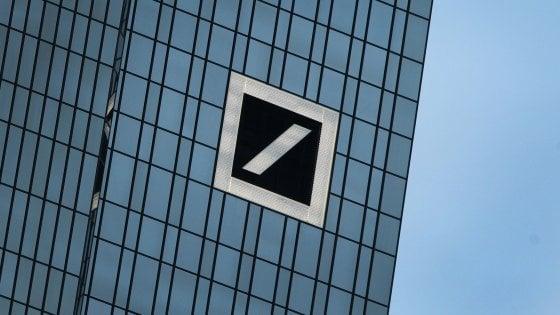 Deutsche Bank tiene le Borse col fiato sospeso. Nuovo rating da Moody's all'Italia