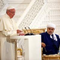 Azerbaigian, il Papa in visita alla moschea: