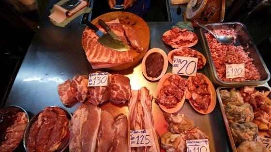 Maiali in crisi: la carne suina è il peggior investimento dell'anno