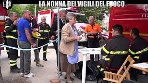 Si avvera il sogno della nonna bolognese: con Le Iene porta i tortellini ai vigili del fuoco di Amatrice