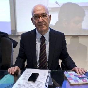 """Antonello Soro: """"Ma serve attenzione, siamo noi stessi a condividere i nostri dati sensibili"""""""