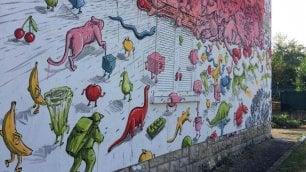 Street art e diritto alla casa: il manifesto di Blu sul maxi murale di Bergamo