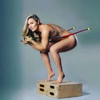 Lindsey Vonn nuda per lanciare il suo libro: