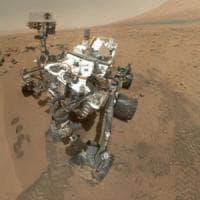 Curiosity nelle zone umide a caccia della vita passata su Marte