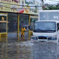 Cuba trema per il passaggio di Matthew: evacuate 300mila persone