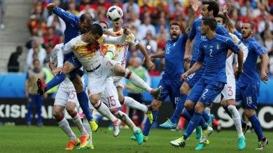 Nazionale, Intralot sponsor dell'Italia. Polemica Pd: Inaccettabile