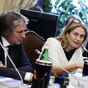 """La Rai ricorre contro l'Istat: """"Non siamo Pubblica amministrazione"""""""